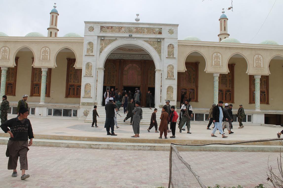 پرتاب بمب دستی در مسجدی در پکتیکا 20 نمازگزار را زخمی کرد