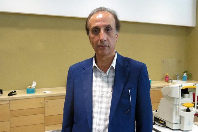 محمدرضا حیاتی از سازش با کرونا و ممنوع الکاری می گوید
