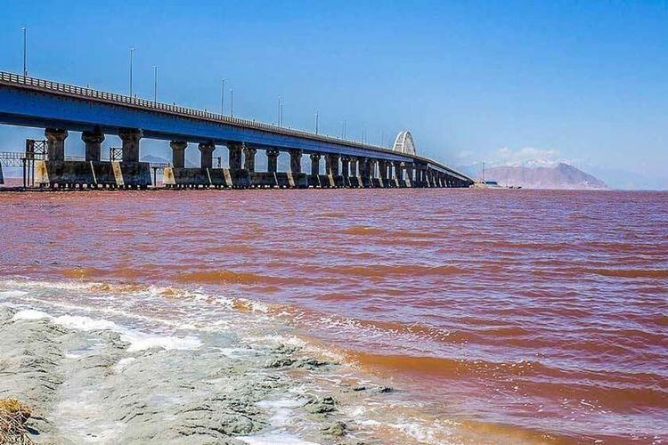 حجم آب دریاچه ارومیه 8 برابر شد